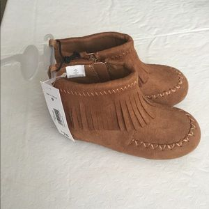 New Joe Fresh Toddler Girl Moccasin Boots - Size 9